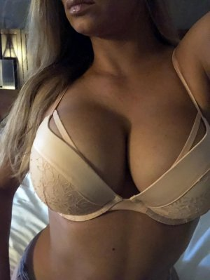 Cesarine live escorts Palm River-Clair Mel